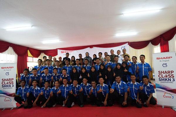 Bupati Karawang Resmikan Program CSR  'SHARP CLASS'  Di SMKN 3 Karawang