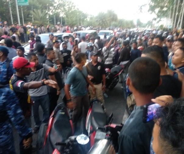 Fadli Zon Wakil Ketua DPR RI minta Kapolda Riau Widodo Dicopot