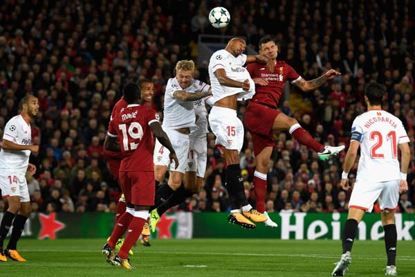 Firmino Gagal Penalti, Liverpool Vs Sevilla 2-2