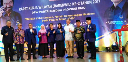 Bupati Pelalawan HM.Harris Hadiri Rakerwil Partai Nasdem