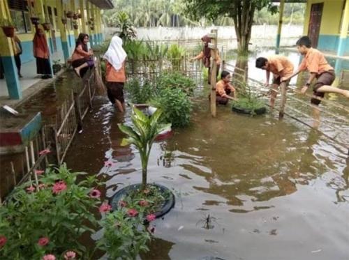 Banjir Juga Sudah Lumpuhkan Beberapa Sekolah di Inhu