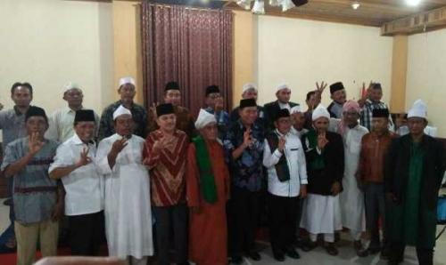 Kampanye Terakhir di Rohul, Firdaus Kunjungi Para Mursyid dan Tuan Guru