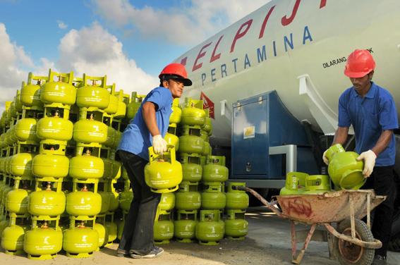 Warga Bengkalis Kesulitan Dapatkan Gas Melon