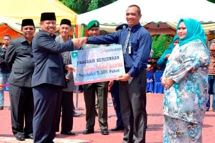 BRK Cabang Bengkalis Bagi - Bagi 2.500 Paket Sembako Gratis