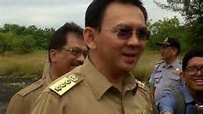 Ahok Belum Juga Diberhentikan, Cara Jokowi Melindungi
