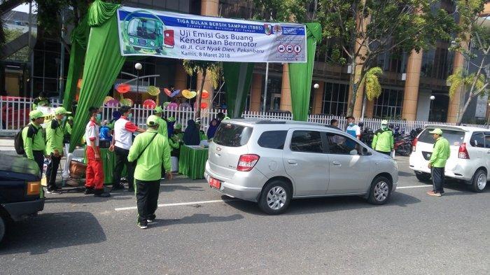 Hari ini Uji Emisi Gas Buang Kendaraan Roda 4 di Jalan Cukup Nyak Dien