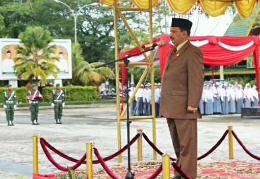 Sekda Inhil Pimpin Upacara Bendera Peringati Harkitnas Ke - 110 Tahun 2018