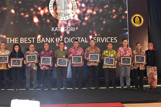 Bank Riau Kepri Dianugerahi The Best Bank in Digital Services