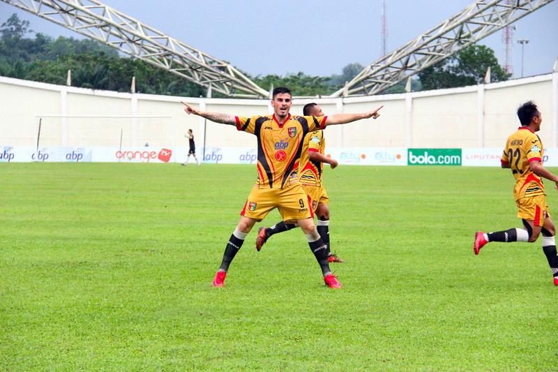 Pelatih Mitra Kukar Puji Pemainnya Usai Kalahkan Persebaya