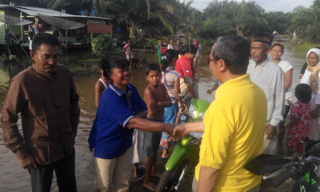 Bupati Siak Tinjau Lokasi Banjir