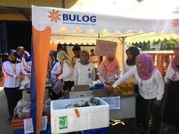 Jelang Ramadhan Bulog Salurkan Barang Kebutuhan di 1.028 RPK se- Riau