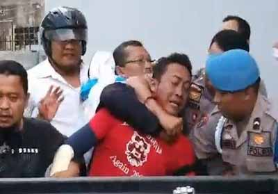 Pria Bersenjata Serang BNI 46 Dumai, Tumpahkan Bensin Dan Takut-takuti Kasir