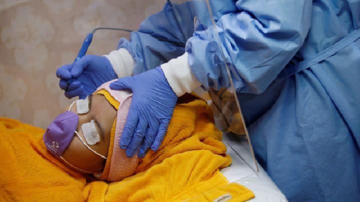 Sri Mulyani Bakal Kenakan PPN pada Jasa Klinik Kecantikan dan Operasi Plastik