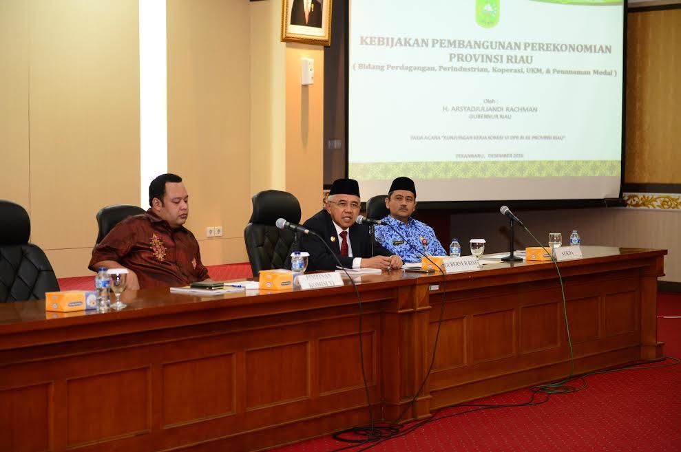 Gubri Pimpin Pertemuan dengan Komisi VI DPR RI