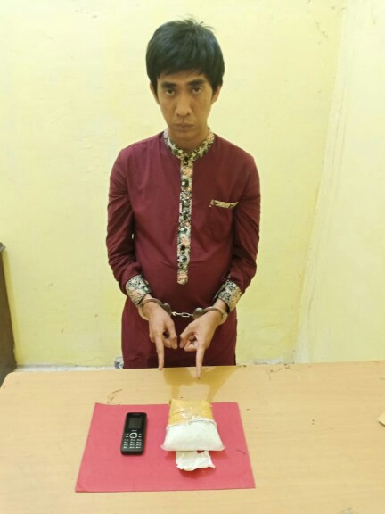 Polisi Amankan Kurir dengan Pemilikan Sabu 483 Gram