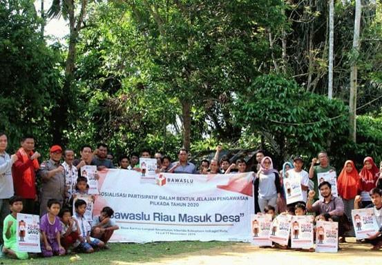 Bawaslu Riau Masuk Desa