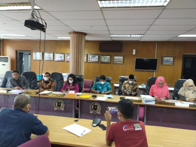 Bikin Heboh Karena Tunda PPDB, Kadis Pendidikan Riau Malah Tak Hadiri Undangan Hearing