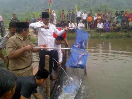 Suyatno Janji Dukung Budidaya Ikan Air Tawar