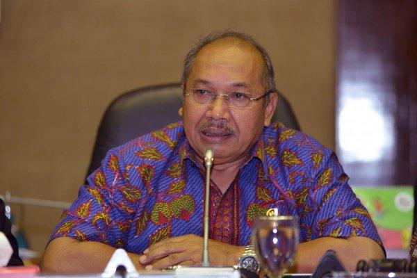 Komisi VI Tolak Holding Migas