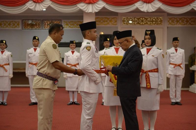 Gubernur Riau: Sebagai Orang Pilihan, Bekerja Harus Tenang dan Sukses