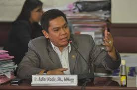 Komisi III Minta Kemenkumham Revisi Kebijakan Bebas Visa