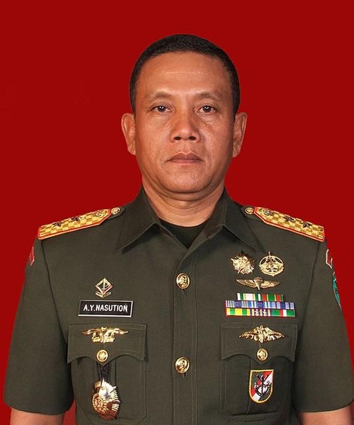 Ini Sosok Jenderal yang Minta Patung Soeharto dkk Dibongkar