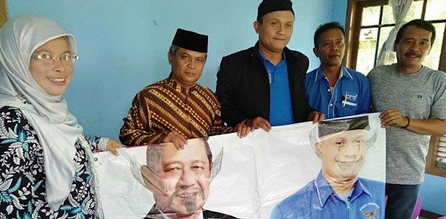 Baliho Bergambar SBY Kembali Dirusak Orang Tak Dikenal