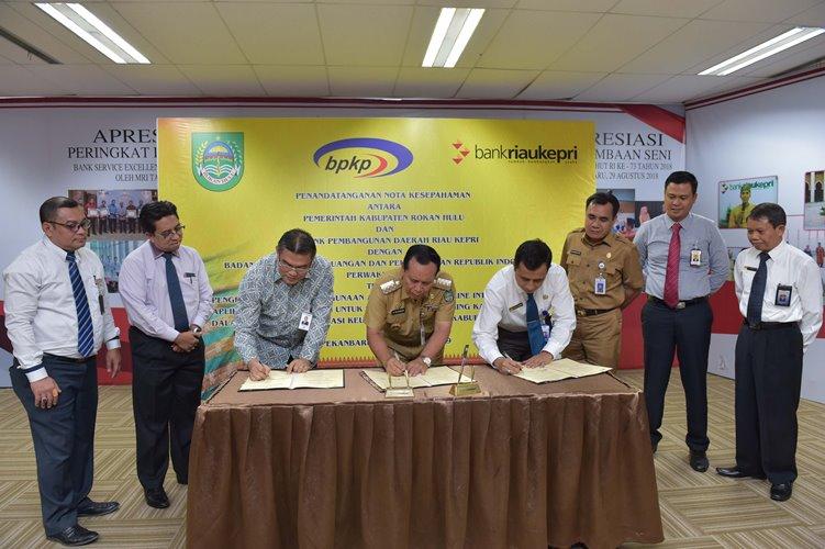 Pemkab Rohul  MoU Kasda Online Bersama BRK dan BPKP Riau