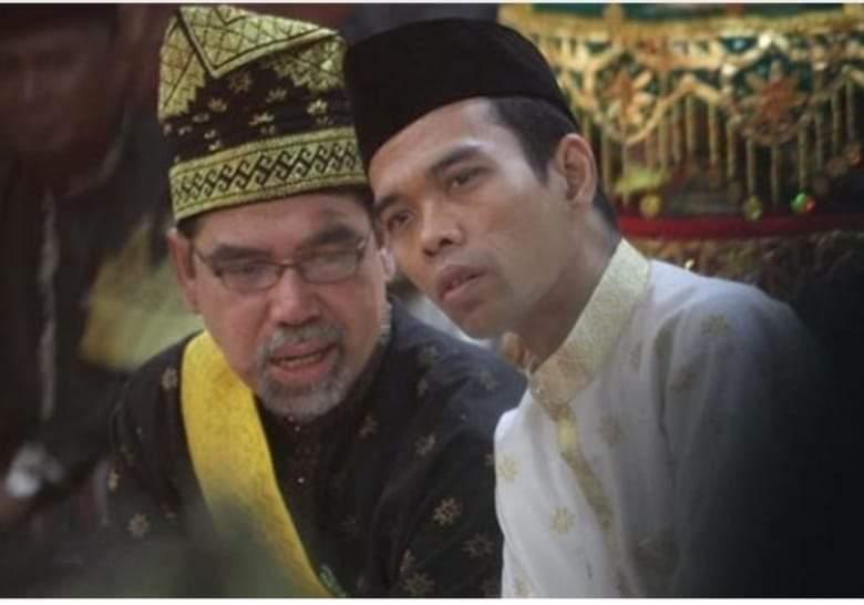 Berduka atas Wafatnya Datuk Al Azhar, Ustaz Somad Unggah Puisi Mengharukan