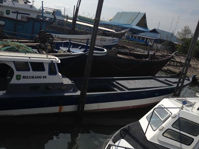 Kapal Bantuan Nelayan Terbiarkan