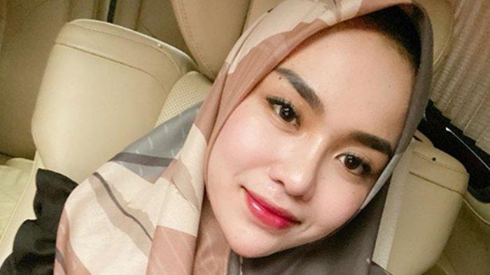 Ancam Akan Bom Crazy Rich Surabaya, Medina Zein Dilaporkan ke Polisi