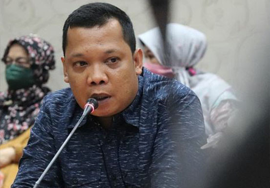 PAW Anggota DPRD Riau dari PAN dan Demokrat Dilantik