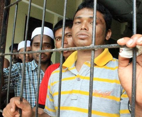 42 Imigran Bangladesh Diamankan Dari Sebuah Area Perkebunan