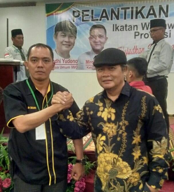 Resmi Dilantik, Muridi Susandi Pimpin IWO Kabupaten Inhil 5 Tahun Kedepan