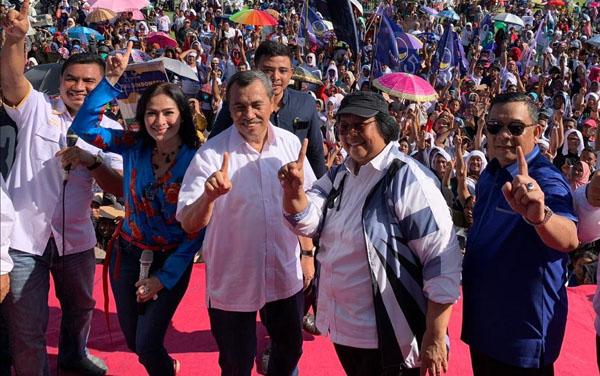 Siti dan Syamsuar-Edy Bersatu Untuk Jokowi