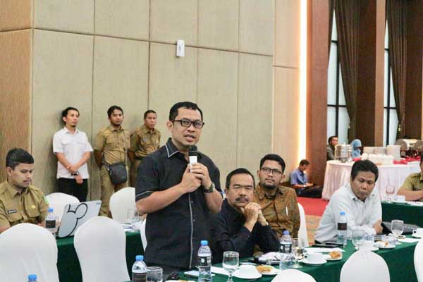 Gubernur Riau Sepakat dengan Bagus Santoso