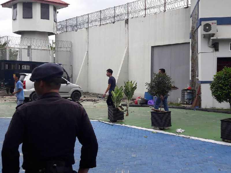 Heboh, 200 Lebih Tahanan Lapas Sialang Bungkuk Dikabarkan Melarikan Diri