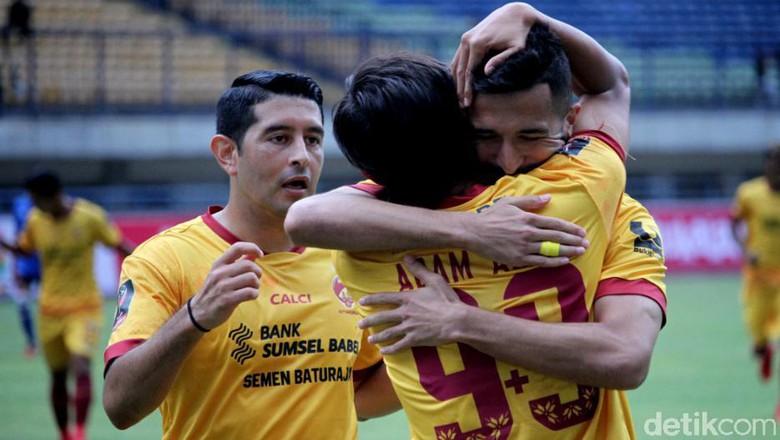 Sriwijaya FC Tantang Bali United di Semifinal