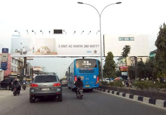 Satpol PP Pekanbaru Larang Iklan Tayang di Bando