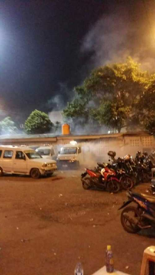 Bom Bunuh Diri Meledak di Toilet Dekat Halte Busway Kampung Melayu Jakarta