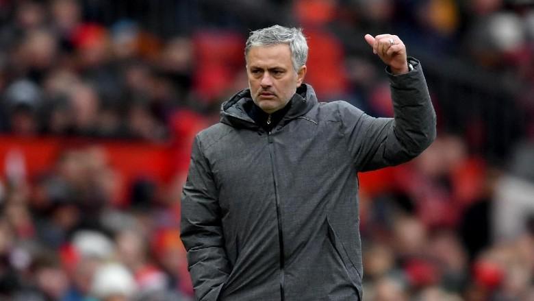 Mourinho: City Kunci Gelar Juara di Derby Manchester Takkan Jadi Kiamat