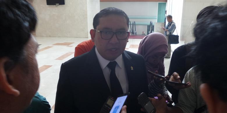 Fadli Zon  : Indonesia Masih Berkutat Di Masalah Pendataan Penduduk