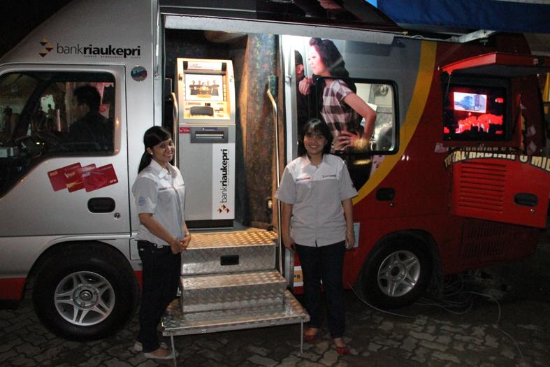 Bank Riau Kepri Sediakan Oto Banking Layani Penukaran Pecahan Uang Baru