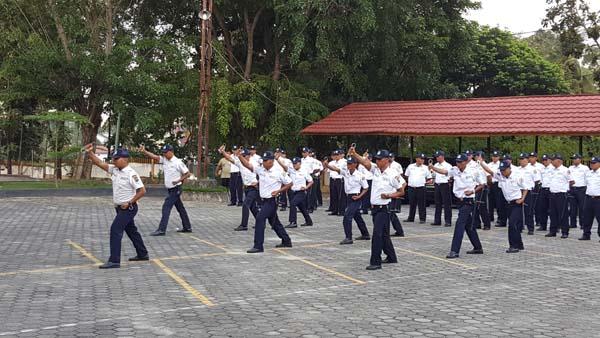 40 Personil Satpam UR Tampilkan Tiga Atraksi Pengamanan di LPMP Riau