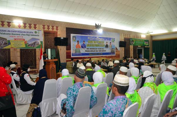Bupati Amril Doakan Jamaah Haji Bengkalis Raih Predikat Haji dan Hajjah Mabrur