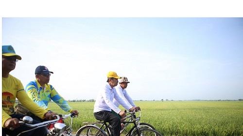 Bupati Syamsuar Ikut Gowes Sepeda
