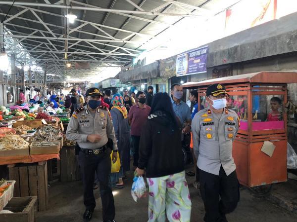Polisi Pastikan New Normal di Pasar Tradisional Terapkan Protokol Kesehatan