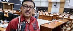 DPR: Purnawirawan TNI-Polri Jangan Sok Komentar Soal Senjata