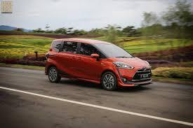 Agung Toyota Pekanbaru Gelar Sienta Goes to Siak