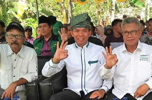 Didukung Mantan Bupati Bengkalis Syamsurizal, Firdaus -Rusli  Siap Door to Door
